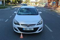 Řidička na přechodu v olomoucké Pasteurově ulici srazila chodce