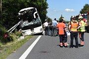 Nehoda autobusu u Nasobůrek