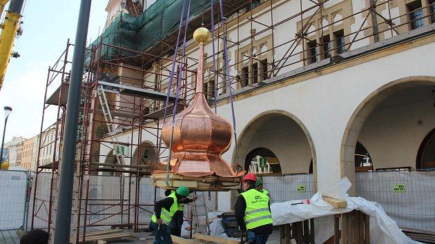 Radniční věžička v Olomouci - její nová tajemství a návrat na původní místo