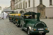 Turistický vláček v Olomouci. Ilustrační foto