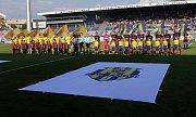 Zahájení pohárového finále Zlín-Opava na Andrově stadionu v Olomouci