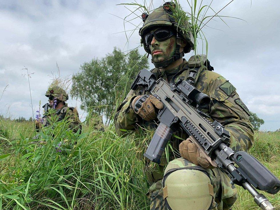 Vojáci 71. mechanizovaného praporu Hranice si na Libavé vyzkoušeli nové taktické bojové simulátory.