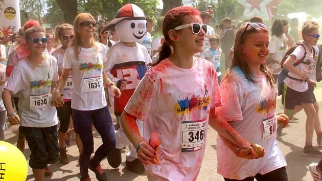 Běžecká akce Barvám neutečeš v olomouckých Smetanových sadech