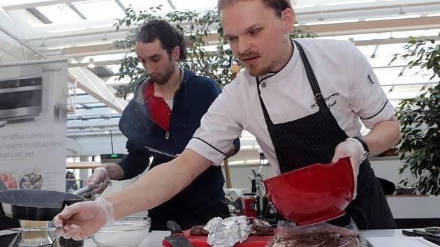 Čokoládový festival v Olomouci - kuchař Petr Jonáš