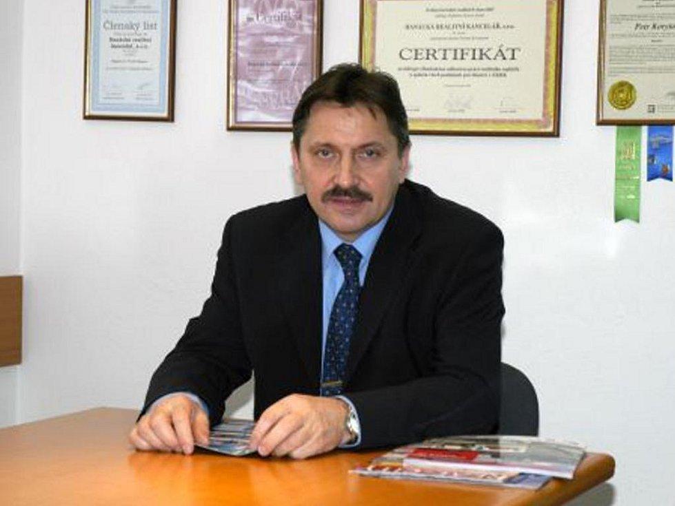P. Korytar ve své firmě.