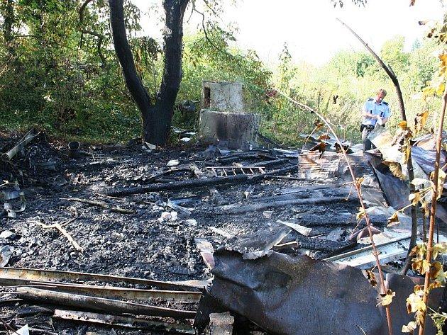 Shořelý domek do základů