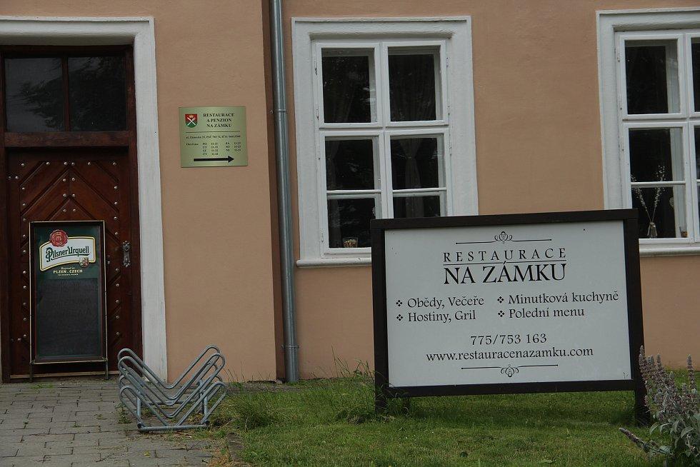 Zámecká restaurace ve Velkém Týnci bude mít nového provozovatele.