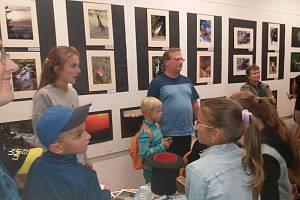 Výstava Příroda Olomoucka v Galerii DDM v Olomouci. K vidění je 200 fotografií od 17 autorů.