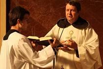 V hejčínském kostele svatého Cyrila a Metoděje si věřící při poutní mši svaté připomněli příchod Cyrila a Metoděje a 81. výročí od vysvěcení kostela.