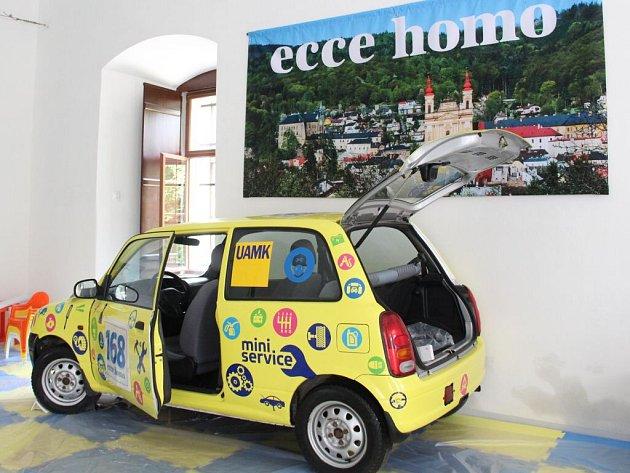 Ecce Homo Park. Expozice mapující historii i současnost automobilových závodů na slavné trati Ecce Homo vzniká v prostorách bývalého augustiánského kláštera ve Šternberku