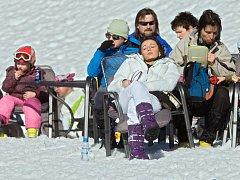 Jarní lyžování v Koutech nad Desnou. Ilustrační foto