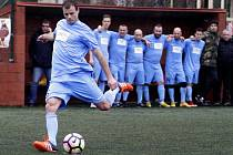 Olomoučtí fotbalisté (v modrém) v celostatní Superlize proti Blanensku