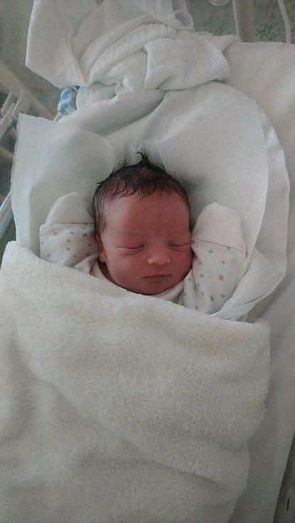 Filip Koláček, Radvanice, narozen 19. dubna 2020 v Přerově, míra 47 cm, váha 3044 g