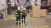 Profesionální hasiči z Olomouce cvičili v Logistickém centru společnosti Kauflandautor