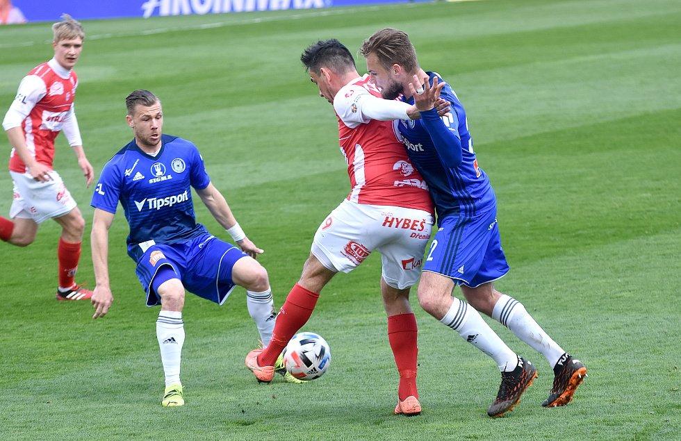 SK Sigma Olomouc - FK Pardubice 0:1 (0:0)Radim Breite, Vít Beneš