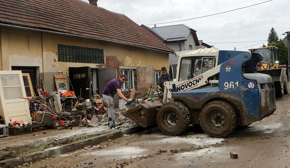 Šumvald po bleskové povodni, 8. června 2020 odpoledne
