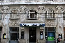 Budova Muzea umění v Denisově ulici v Olomouci