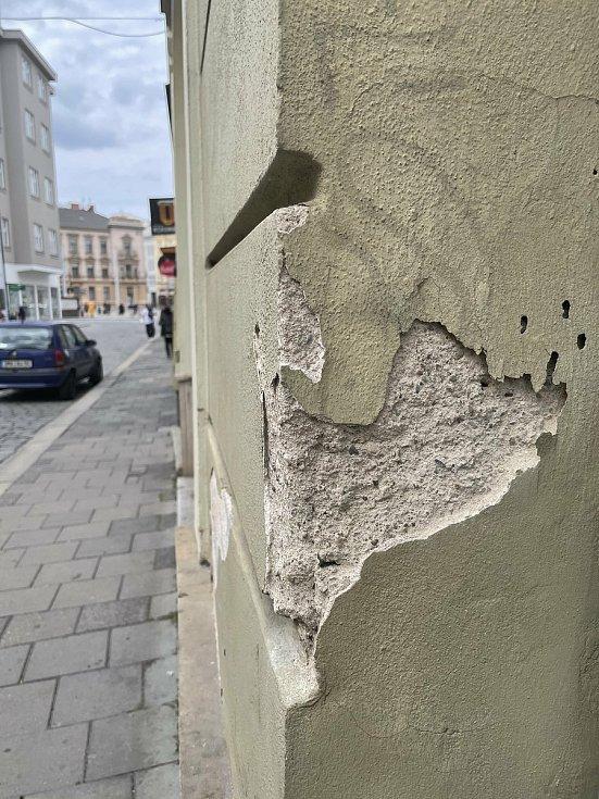 Pro srovnání: běžný roh domu :) Riegrova ulice