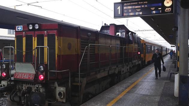 Regiojet z Prahy měl v pondělí kolem 9. hodiny ráno v Zábřehu 80 minut zpoždění