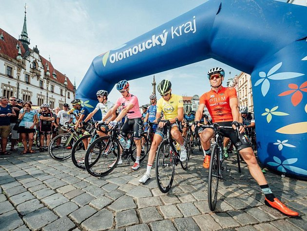 Start čtvrté etapy Czech Cycling Tour 2015