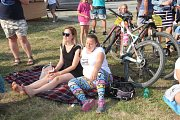 Už jedenáctý závod Litovelským Pomoravím si v sobotu nenechali ujít stovky cyklistů všech věkových kategorií.