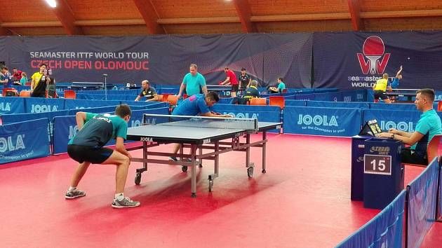 V úterý odstartovalo v Olomouci Czech Open ve stolním tenise. Kvalifikace pokračuje i ve středu, hlavní soutěž se bude hrát od čtvrtka do neděle.