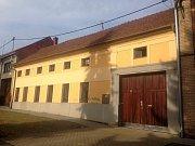 Dům ve Výšovicích na Prostějovsku, kde vyrůstal hejtman Ladislav Okleštěk.