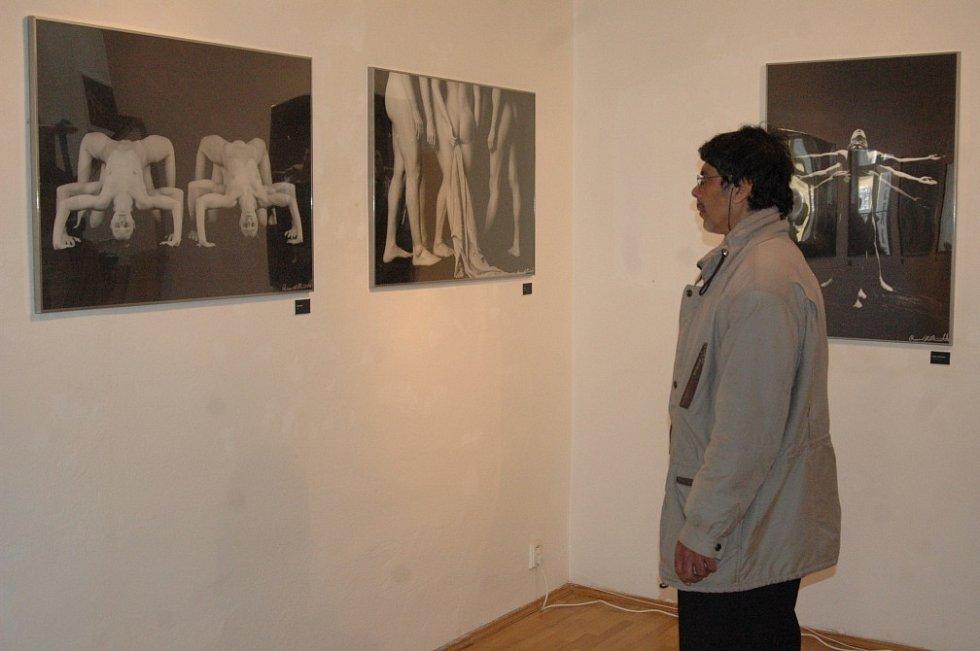 V olomoucké Galerii G vystavuje uznávaný italský fotograf Rossano B. Maniscalchi.