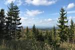 Na kopci Jedová s vrcholem v nadmořské výšce 633 metrů vyroste 30 metrů vysoká rozhledna. Při dobré viditelnosti může nabídnout atraktivní pohledy na Nízký a Hrubý Jeseník, Oderské vrchy, Hostýnské vrchy, ale i  Hornomoravský úval, Zábřežskou či Drahansko