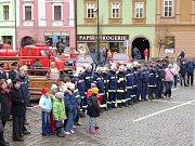Nastoupená jednotka dobrovolných hasičů v Uničově