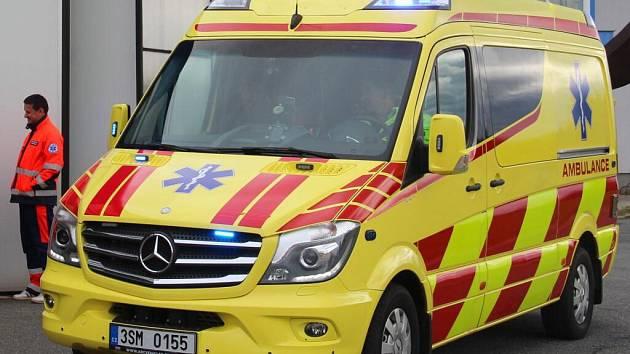 Celkem osm nových sanitek dostanou záchranářské týmy v Olomouckém kraji během října a listopadu