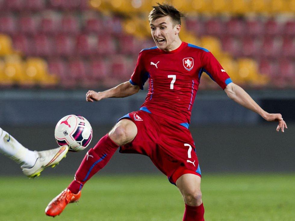 David Houska v reprezentačním přáteláku za U21 s Anglií