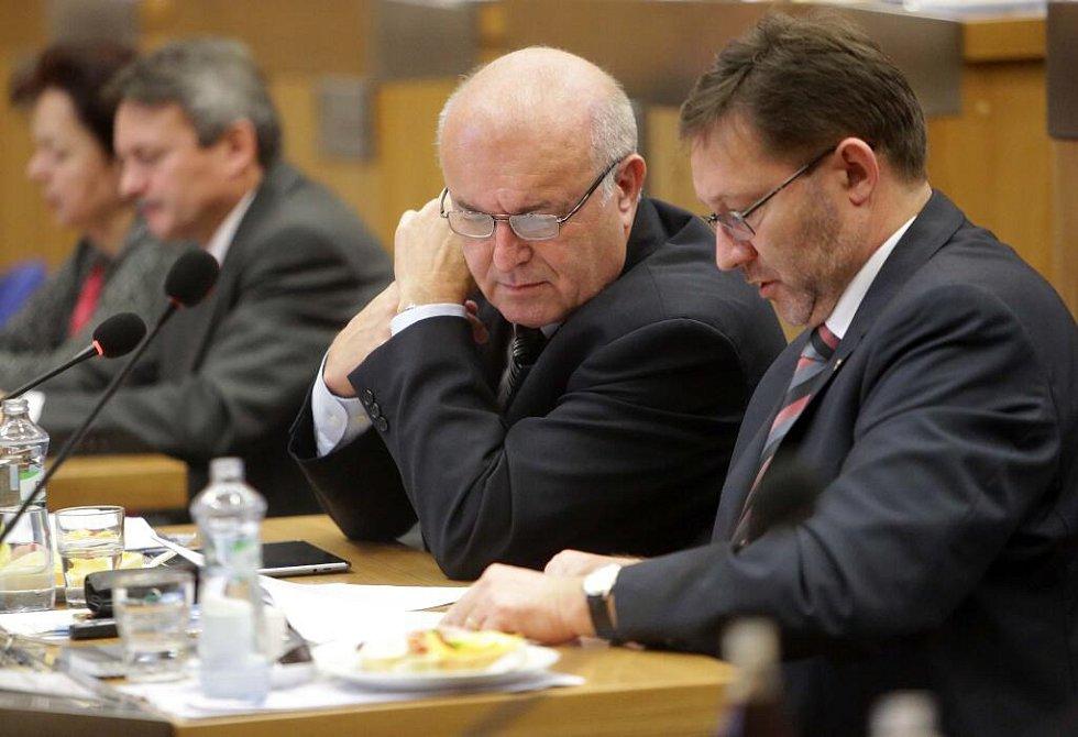První zasedání nového zastupitelstva Olomouckého kraje a volba hejtmana