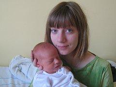 Karin Blahová, Olomouc, narozena 6. dubna v Olomouci, míra 50 cm, váha 3200 g