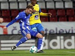 David Houska střílí gól proti Teplicím na vítězných 1:0
