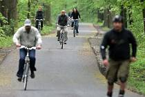 Nová cyklo a in-line stezka od Sluňákova směrem Lovecké chatě