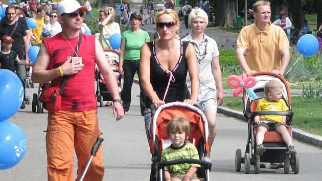 Rekordní jízda s kočárky v Olomouci