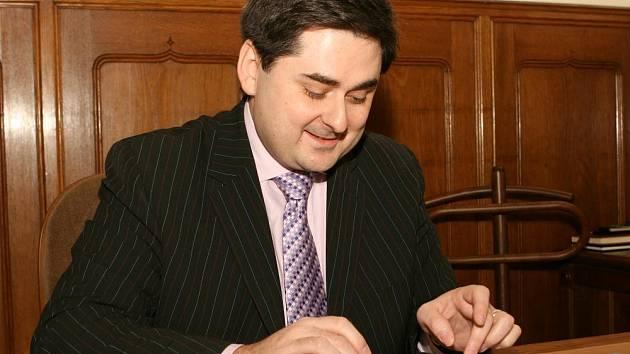 Primátor Martin Novotný odpovídá on-line čtenářům Olomouckého deníku.