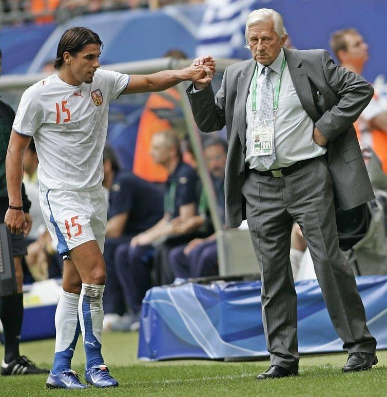 červen 2006. Milan Baroš a Karel Brückner v zápase s Itálií na MS v Německu