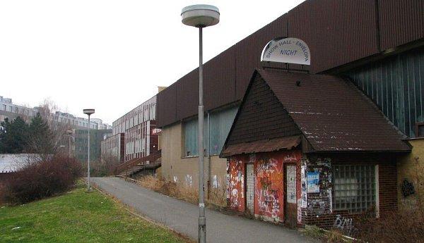 Budova bývalé diskotéky na Envelopě