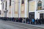 Na slavnou Věstonickou venuši si v sobotu odpoledne museli lidé vystát frontu.