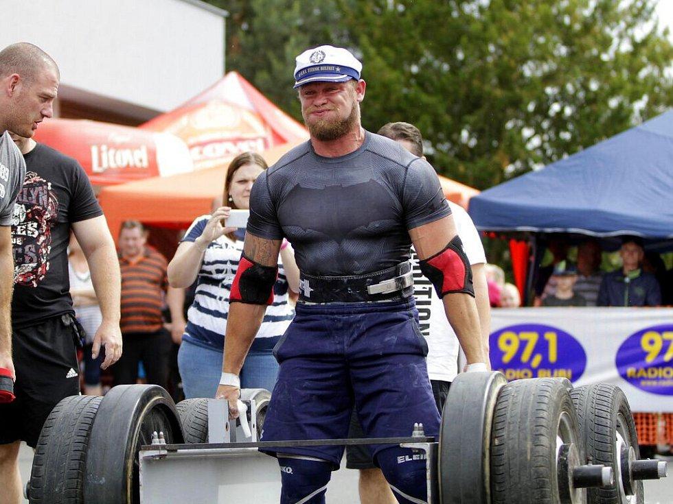 Jiří Tkadlčík. Strongman Šternberk - závody siláků