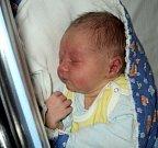 Lukáš Martinek, Mohelnice, narozen 20. března, míra 50 cm, váha 3290 g