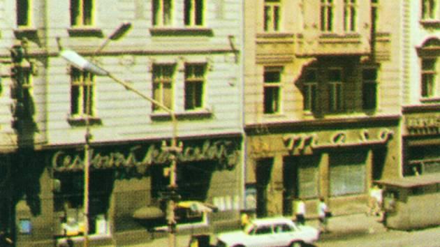 Na bývalém náměstí Míru, nyní Horním náměstí, mohli Olomoučané využít služeb