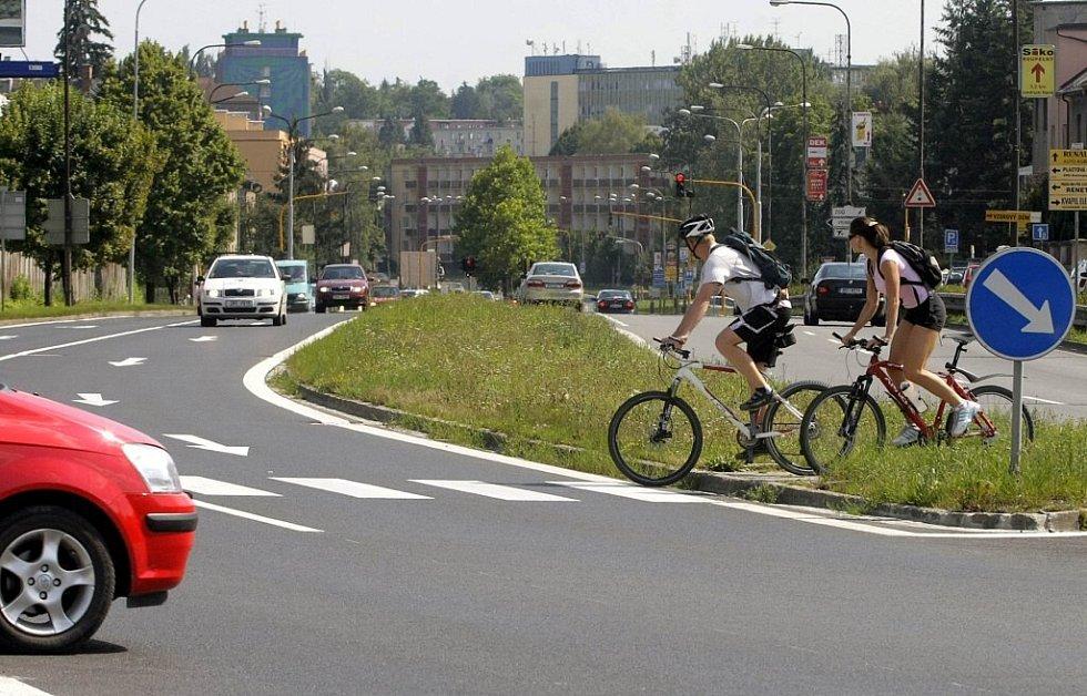 Křižovatka ulic Pražská a Erenburgov v Olomouci.