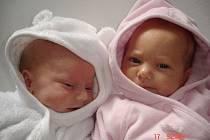 Marek a Sabina Sklenářovi, narozeni 1. října v Olomouci, míry 42 cm a váhy 2120 g