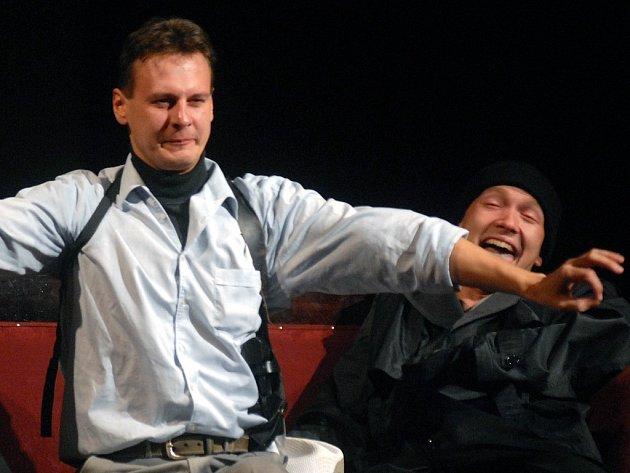 Pavel Juřica ve hře Výmlat ztvární roli pojmenovanou jako Neomylný.