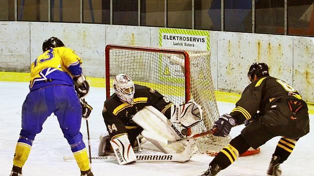 Šternberští hokejisté v derby proti Uničovu