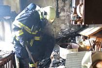 Požár bytu v paneláku v Hamerské ulici v Olomouci
