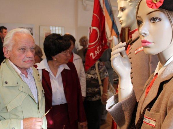 Výstava ve Vlastivědném muzeu Olomouc mapující historii Sokola